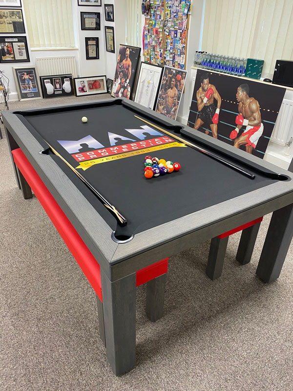 MAN Commercial Pool Table